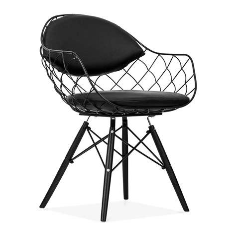 chaise en fil de fer chaise fils de fer avec pieds en bois de style dsw cult uk