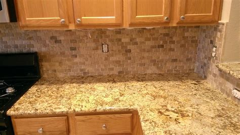 Backsplash No Grout : Basket Weave Stone / No Grout