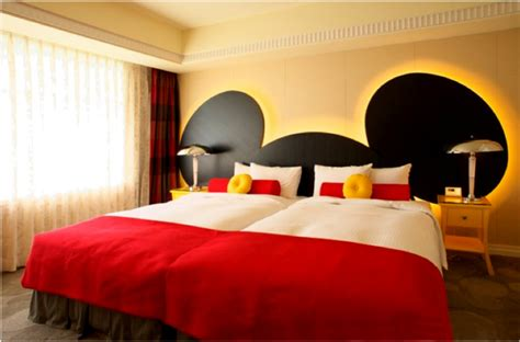 mickey mouse bedroom mickey mouse decorating on a cheapskate princess budget