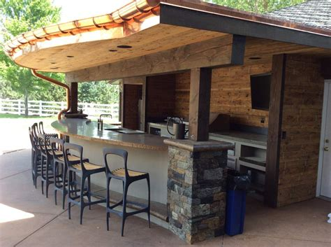 outdoor kitchens  tech appliance