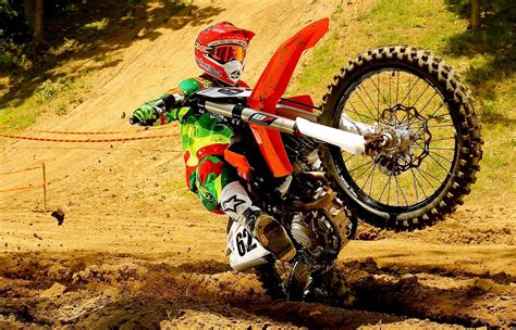 motocross biking motocross action magazine ktm 450sxf buyer 39 s guide