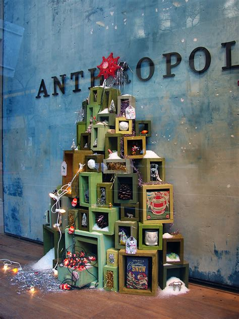 christmas shop window ideas anthropologie holiday windows 2010 anthropologie christmas christmas window display and