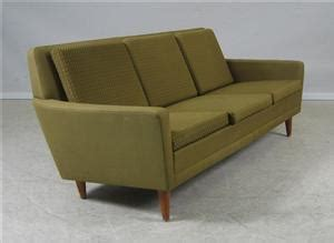 1960s dux 3 pers sofa and 2 matching chairs