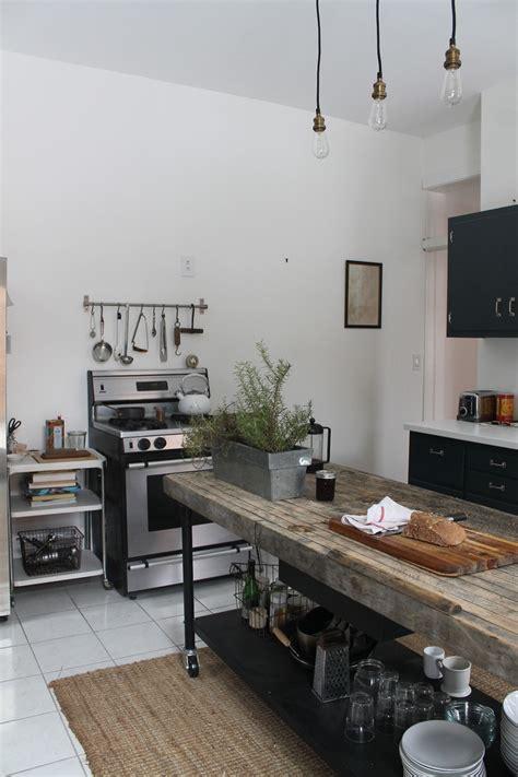 25 Cool Industrial Kitchen Designs