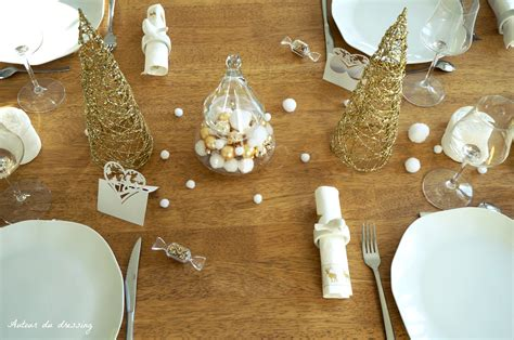 chambre cocktail scandinave décoration table noel blanc et doré