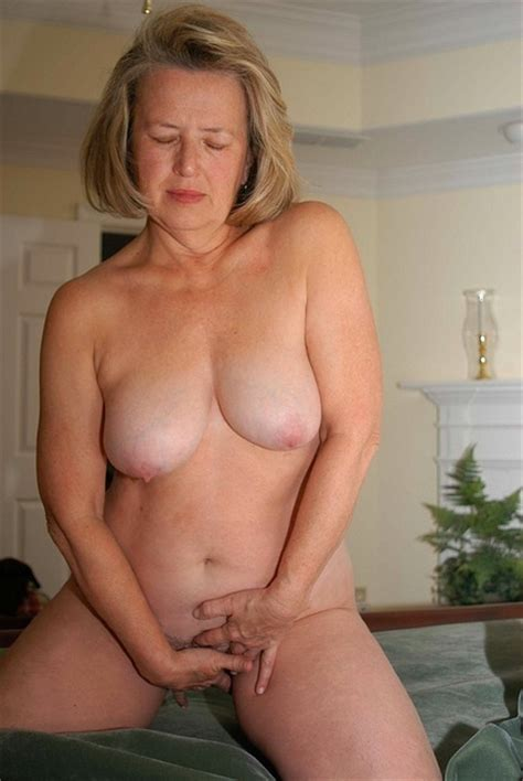Mature Stockings Big Tits