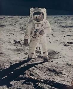 Neil Armstrong $35,258 'Buzz Aldrin' Moon Photo Doubles ...