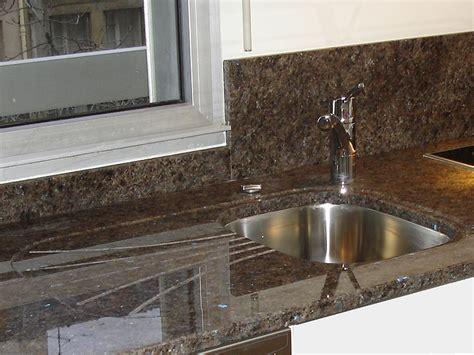 mitigeur cuisine inox brossé intérieur granit plan de travail en granit labrador