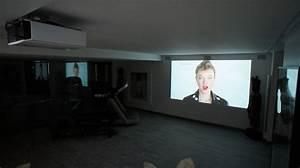 Projecteur Home Cinema : comment choisir son mini projecteur avec pierre breves de couloir ~ Preciouscoupons.com Idées de Décoration