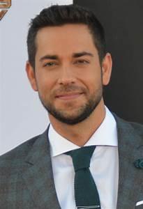 Zachary Levi - Wikipedia