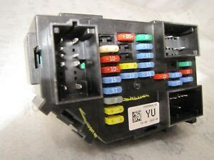 2007 Tahoe Fuse Box by 2007 2009 Chevrolet Tahoe Fuse Relay Junction Box New
