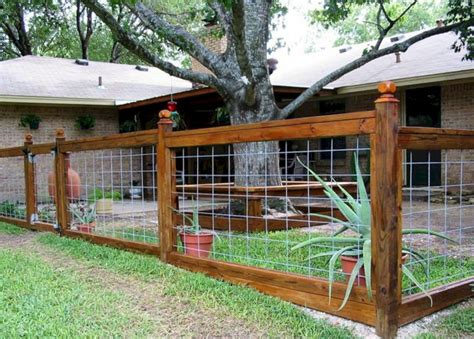 Backyard Fence Options by Yard Fence Ideas Decoredo
