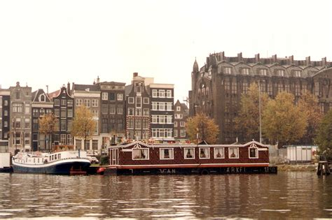 Houseboat Size by File Houseboat Amsterdam Jpg Wikimedia Commons