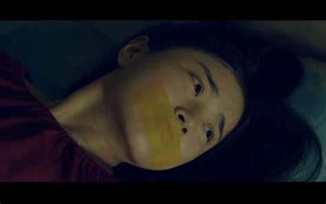 【影视作品cut】绑架片段:旅途中的少女被人贩绑架,还遇到了心术不正的医生_哔哩哔哩 (゜-゜)つロ 干杯 ...