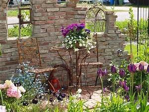 Steinmauer Garten Bilder : fr hling an der ruinenmauer bilder und fotos garten pinterest ~ Bigdaddyawards.com Haus und Dekorationen