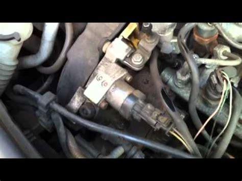 ma renault megane   dci fait  bruit moteur tres
