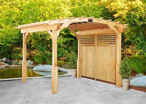 Pergola Garten Holz by Bild Pergola Aus Holz Im Hinterhof Haus Aabbeatv