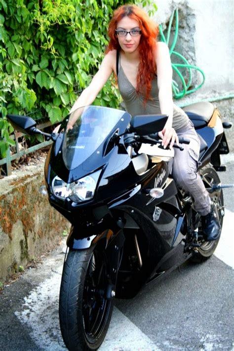 Motor Cantik by Motor Sport Galeri Foto Biker Cewek Cantik Naik Motor