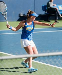 Women's tennis sweeps Saint Mary's, builds momentum for ...