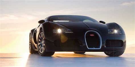 Watch A Bugatti Veyron W-16 Engine Being Hand-built