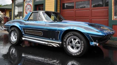 Back To The 70s! Custom 1965 Corvette