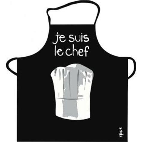 tablier cuisine homme tablier de cuisine noir je suis le chef pvc incidence