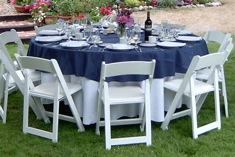 floor length tablecloth for 60 round table bend oregon linen rentals bend linen rentals