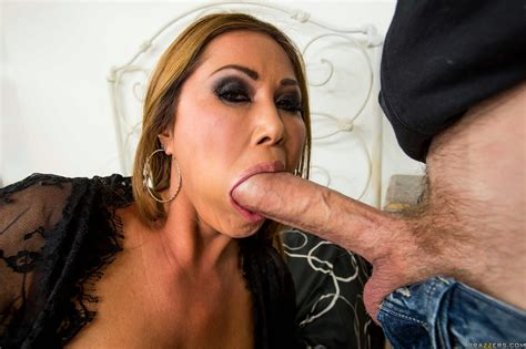 Kianna Dior takes monster cock in her tight pussy - My Pornstar Book
