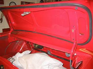 Could Someone Post Some Detailed Pics Of The Trunk Lid