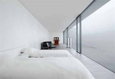 Minimalist House   Jonathan Savoie > Architecture