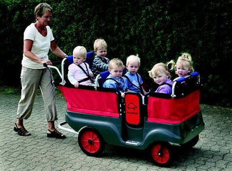 this is an awesome stroller for taking ones at day 919 | 2ddd3a480ee2a319511be44cde68db9e daycare stroller daycare ideas
