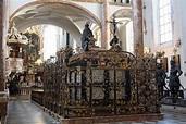 Innsbruck, tomb for Maximilian I