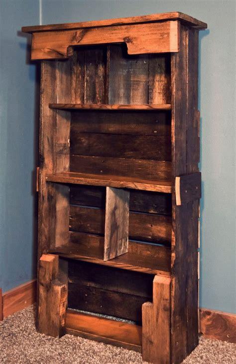 wooden pallet bookshelf diy pallet furniture plans