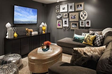 Balancing Functionality Style by 20 Small Tv Rooms That Balance Style With Functionality