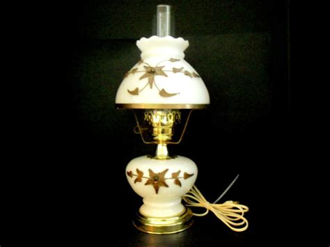 Artistic And Beautiful Electric Hurricane Lamps