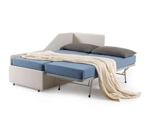 poltrone trasformabili in letto singolo divano letto estraibile trasformabile in letto matrimoniale