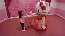 Hello Kitty at Universal Studios Japan - YouTube