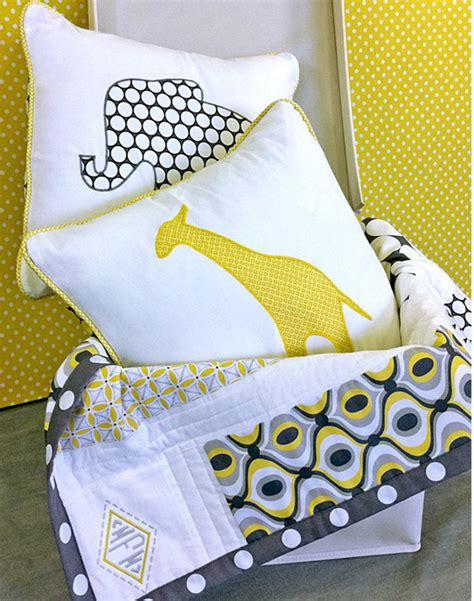 safari applique pillows favequiltscom