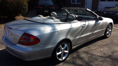 Unfollow mercedes clk 350 convertible to stop getting updates on your ebay feed. 2005 Mercedes-Benz CLK-Class - Pictures - CarGurus