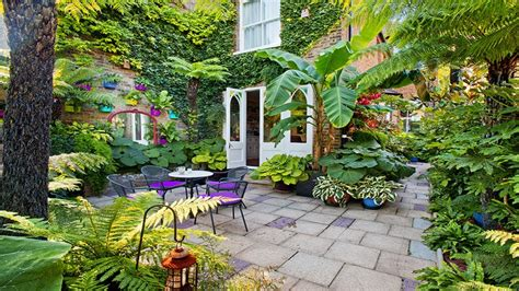 Picturesque Courtyard Garden by Sauveterre De Bearn Lovely Large 18th Century Town House