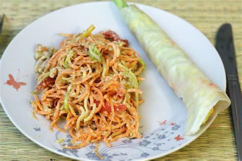 cuisine vivante pour une santé optimale alimentation vivante crue salade sauce aux amandes