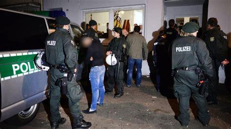 problemviertel wieso marxloh fuer polizei und stadt keine