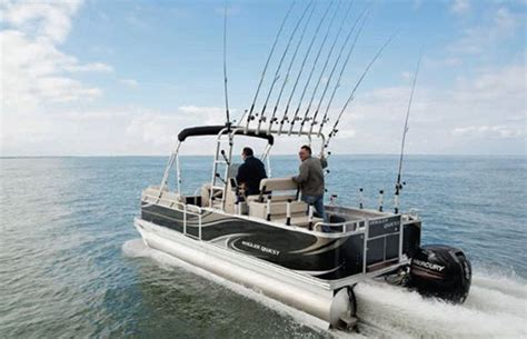 Saltwater Fishing Boat Magazines by A Saltwater Center Console Pontoon Boat Yeah Again