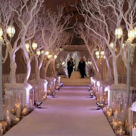planning  winter wonderland wedding topweddingsitescom