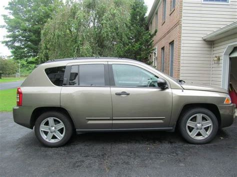 tan jeep compass buy used 2008 jeep compass sport sport utility 4 door 2 4l