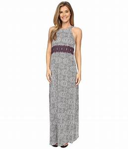 Top 35 Maxi Dresses For Summer 2018 | FashionGum.com