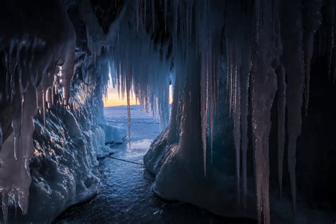 Ice Cold Russia Cave Icicle Wallpaper - Resolution ...