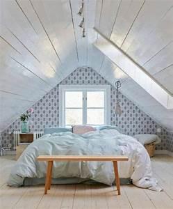 17 meilleures idees a propos de murs de lambris peints sur With peindre rampe escalier bois 14 aide pour la deco et la couleur des murs couloir et cage