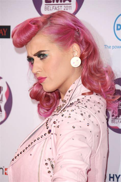 katy perry pink hair retro style   hair