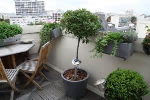 Plantes D Hiver Extérieur Balcon : transformer un balcon d 39 appartement en terrasse cosy ~ Nature-et-papiers.com Idées de Décoration